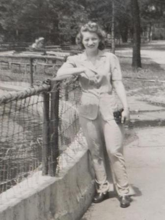 Waybac.1946.06.cmrb23