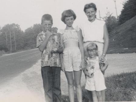 Waybac.1952.mil3