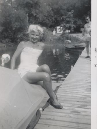 Waybac.1954.08.sbp4