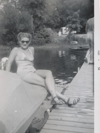 Waybac.1954.08.sbp5