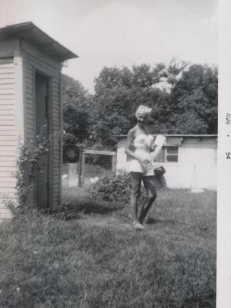 Waybac.1954.08.sil2