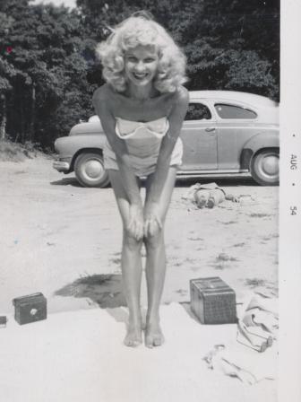 Waybac.1954.08.val2