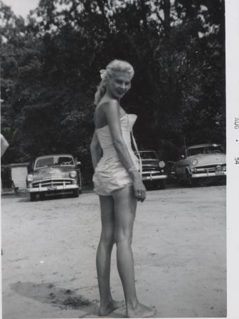 Waybac.1954.08.val4