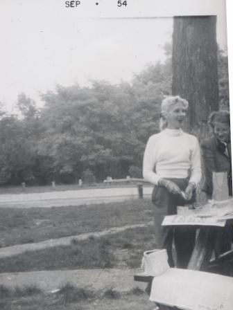 Waybac.1954.09.fp1