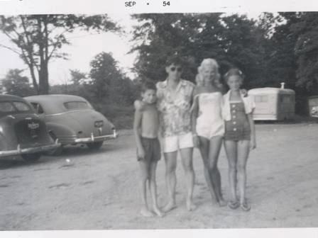 Waybac.1954.09.sab1