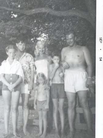 Waybac.1954.09.sab17