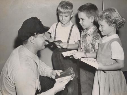 Waybac.1955.10.06.gin2