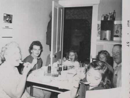 Waybac.1957.05.gkof5