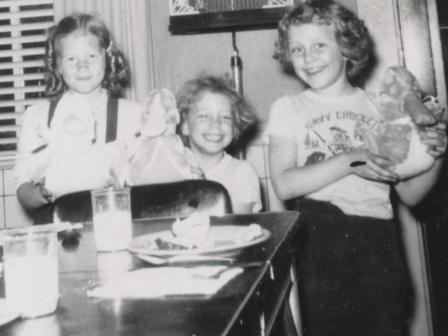 Waybac.1957.05.mwf1