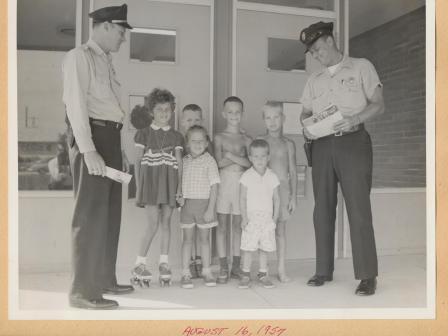 Waybac.1957.08.16.gin1