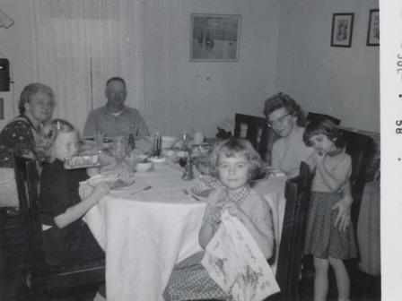 Waybac.1958.07.somf4