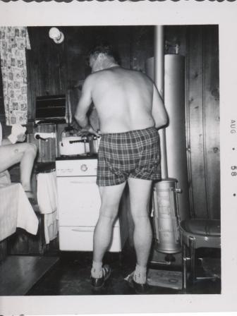 Waybac.1958.08.sc2