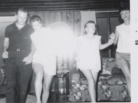 Waybac.1959.07.mfp22