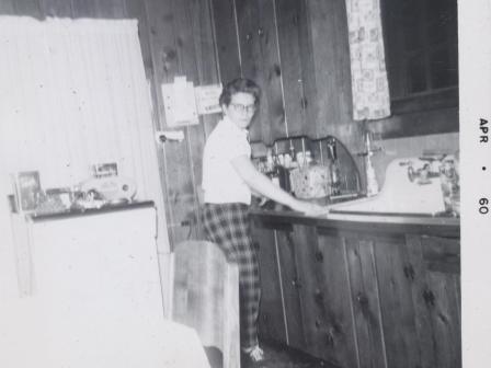 Waybac.1960.04.eil1