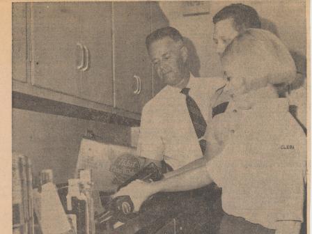 Waybac.1970.09.07.gin3