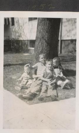 Waybac.1952.04.sjtcs1