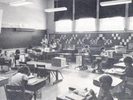 Waybac.1977.09.oy6