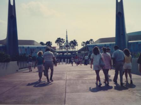 Waybac.1986.04.dsb42