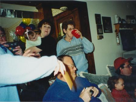 Waybac.2001.03.mbdpoms44
