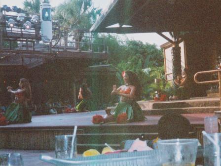 Waybac.2004.05.wdw81