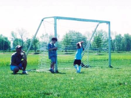 Waybac.2004.10.asp13